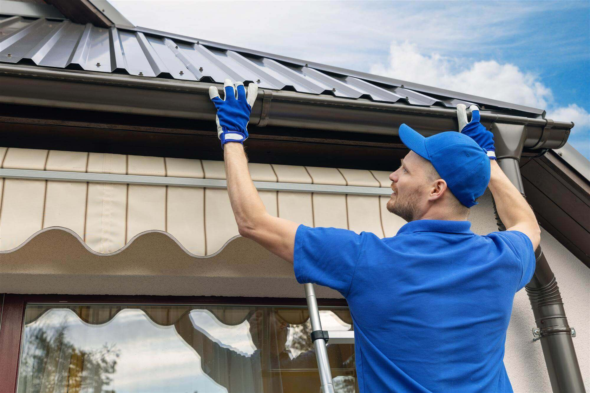 Howard Gutter Installation and repair company